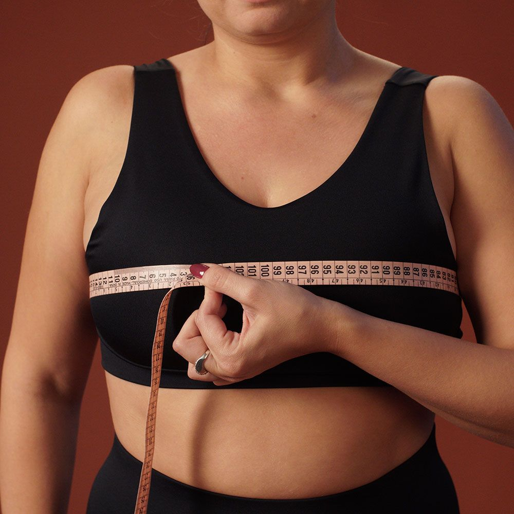 Take your bust, waist and hips circumference measurements and click on the button bellow to fill out our style quiz!